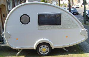 caravan-50049_1280